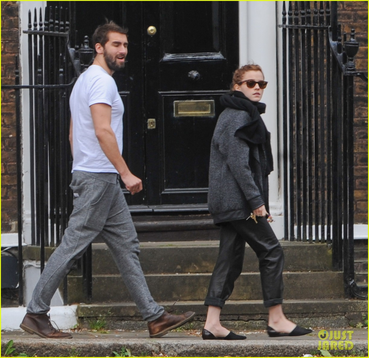 emma watson spends weekend with boyfriend matthew janney 03