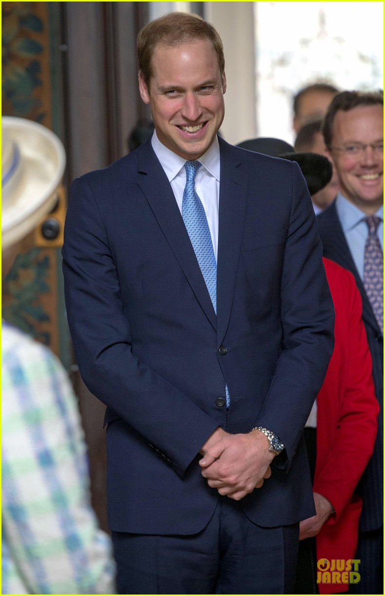 prince william dashing windsor greys statue unveiling 023082535