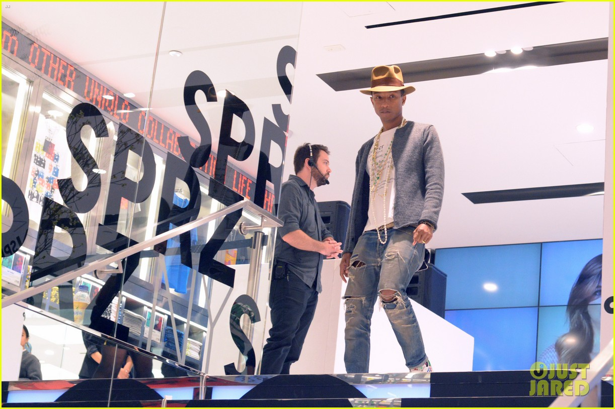 pharrell williams launches i am other collection at uniqlo 023101479