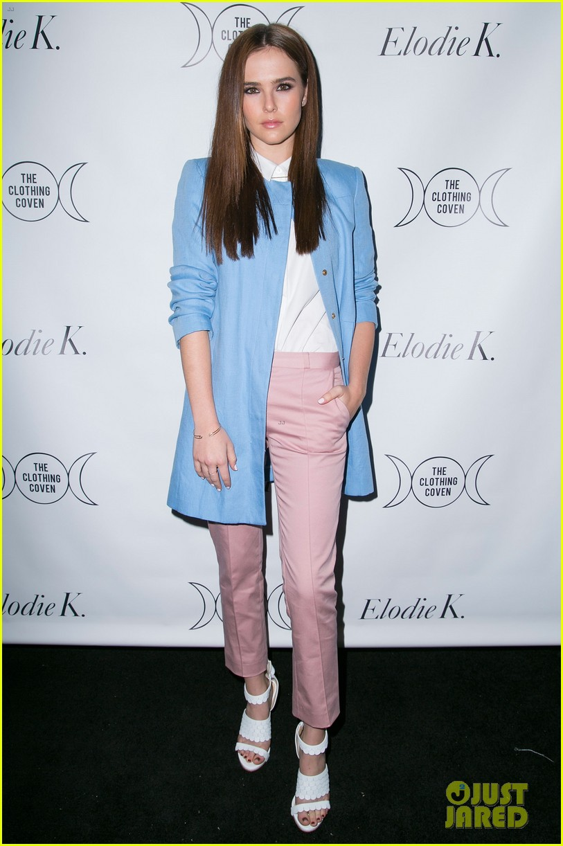 rumer willis supports sister tallulah blog lunch 033085397