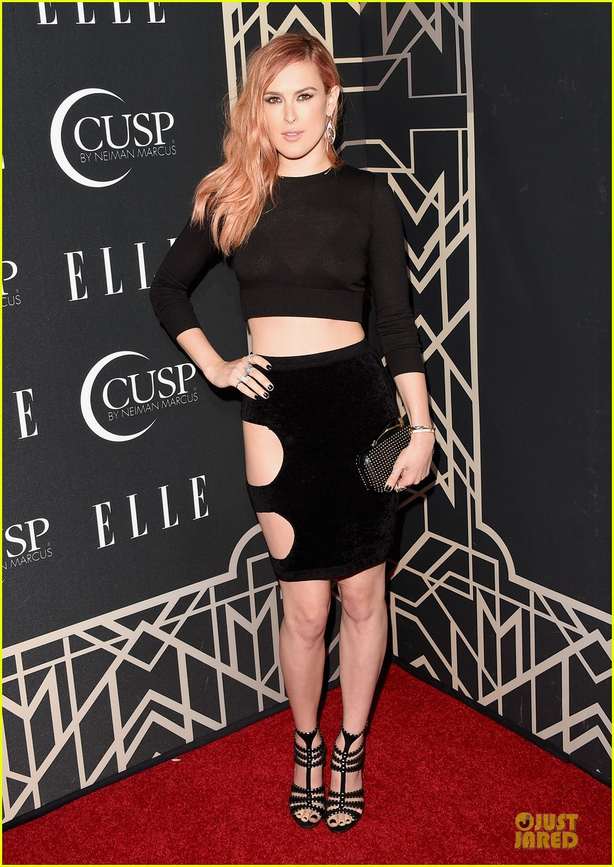 rumer willis cutout dress is sexy at elle music celebration 063097217