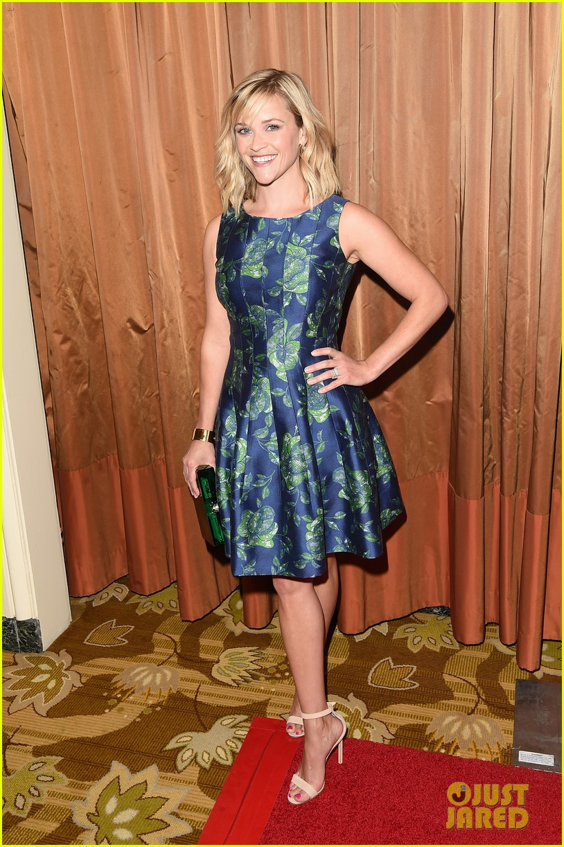 reese witherspoon mingles with a princess 01