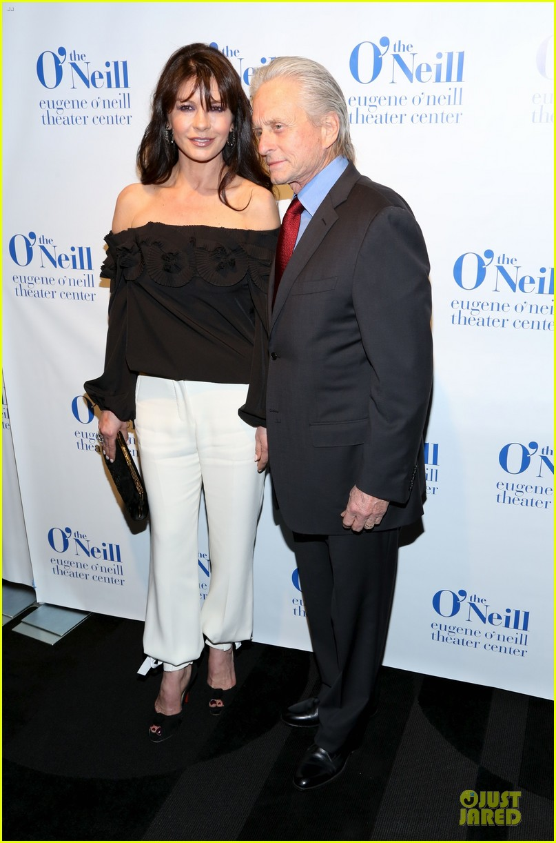 catherine zeta jones michael douglas monte cristo award 14