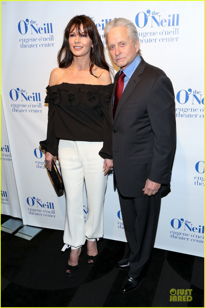 catherine zeta jones michael douglas monte cristo award 15