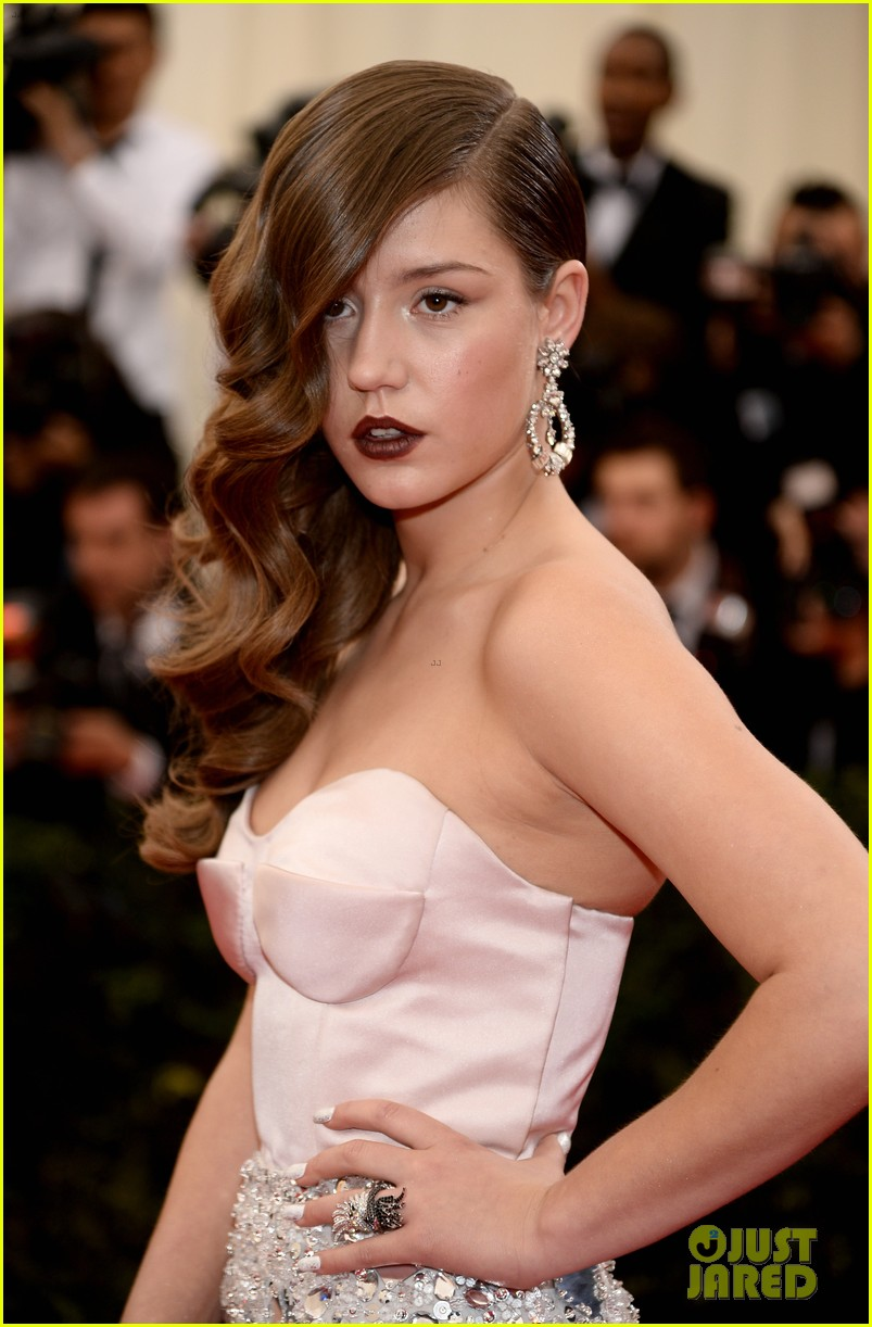 adele exarchopoulos met ball 2014 023106407