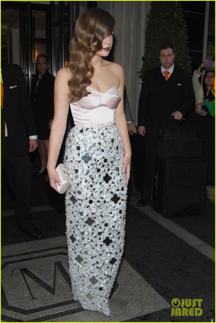 adele exarchopoulos met ball 2014 06