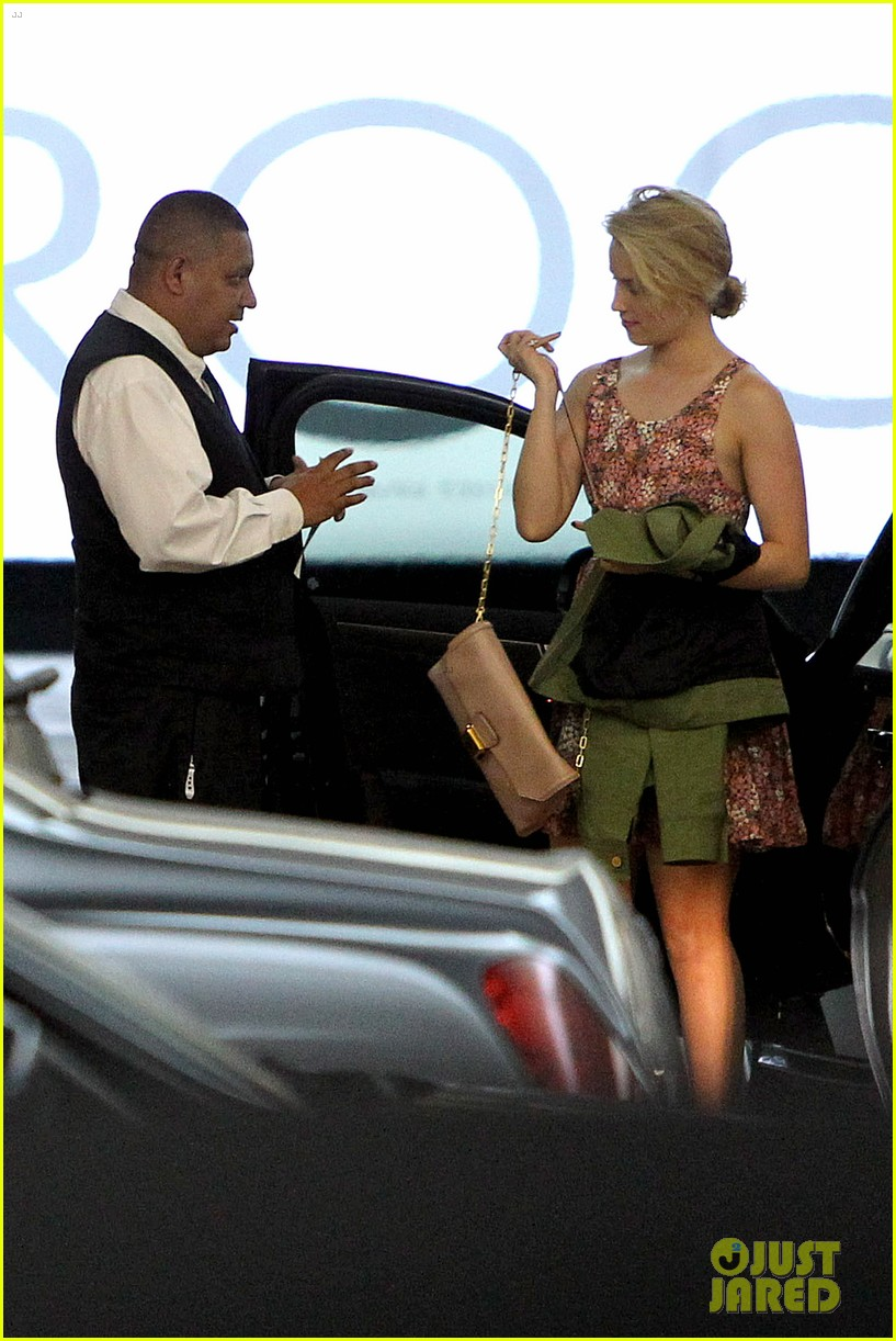 dianna agron braves los angeles heat lunch 16