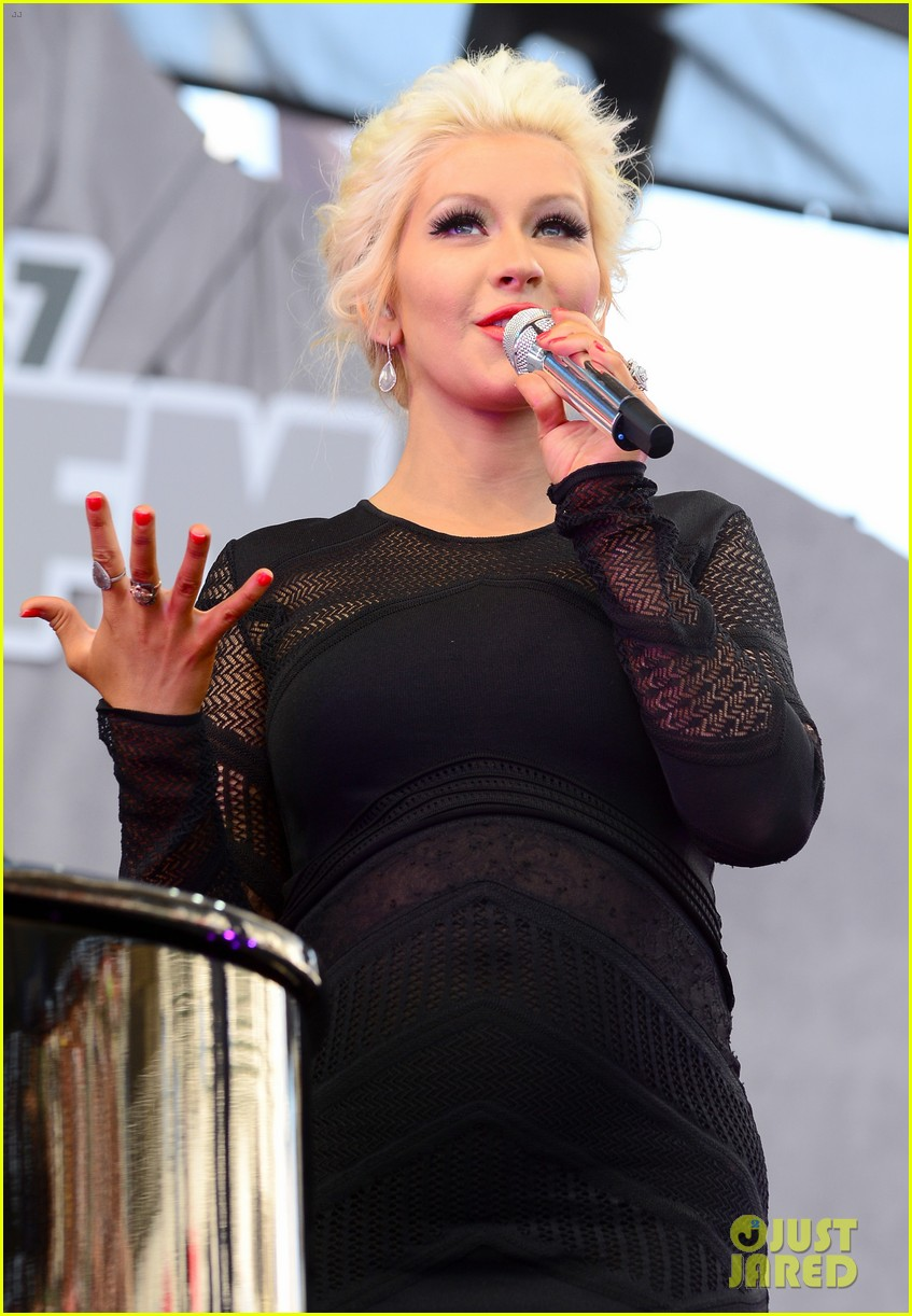 christina aguilera cradles large baby bump at wango tango 103110428