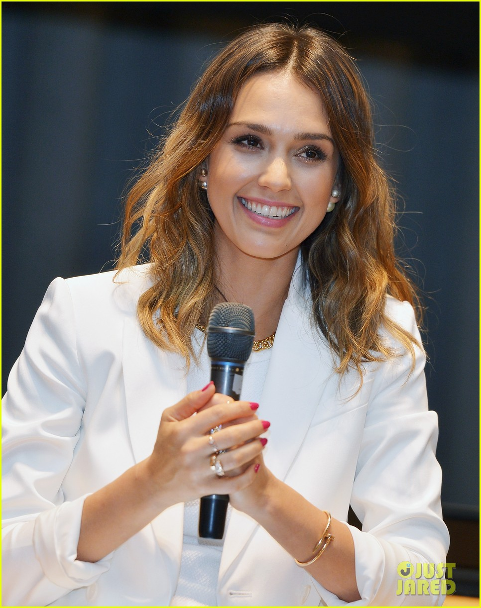jessica alba hits new york for the social innovation summit 2014 013124523