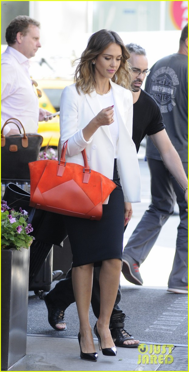 jessica alba hits new york for the social innovation summit 2014 08