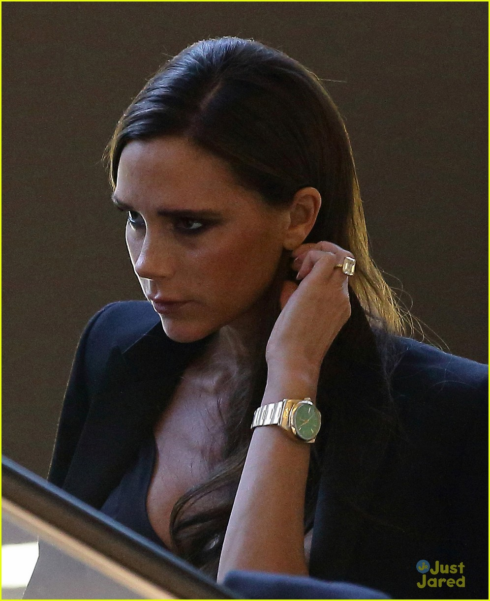 victoria beckham makes a triumphant return to singing 103111214
