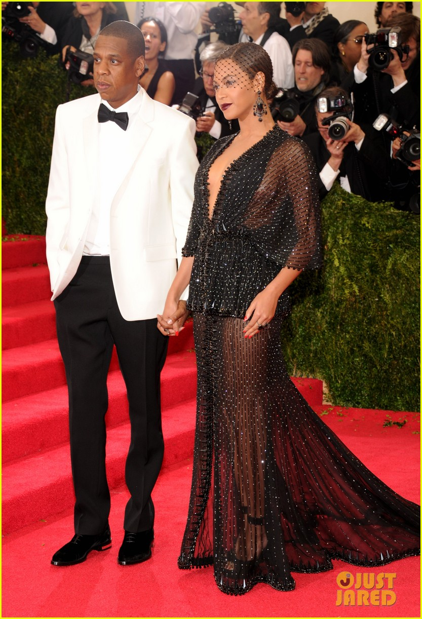beyonce jay z ring met ball 2014 01