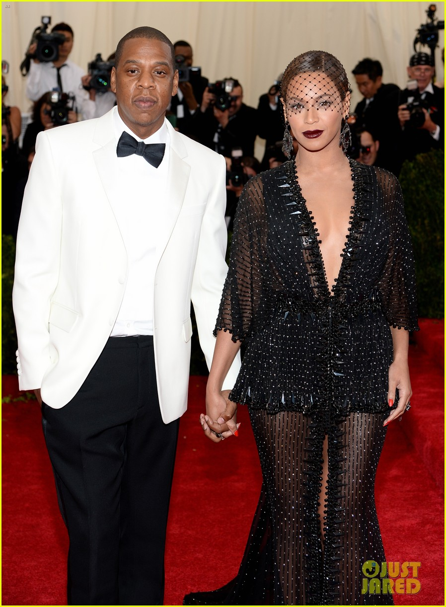 beyonce jay z ring met ball 2014 13