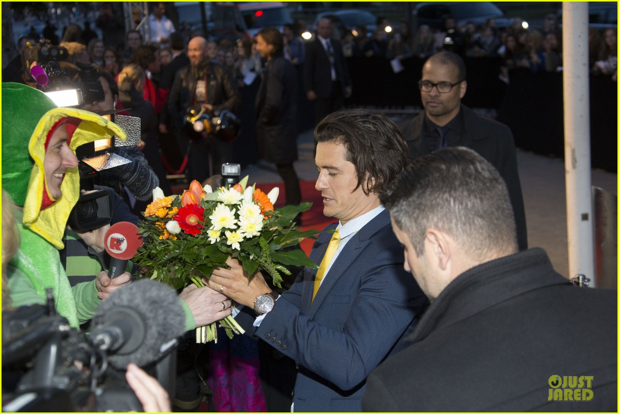 orlando bloom yellow tie zulu germany premiere 083106632