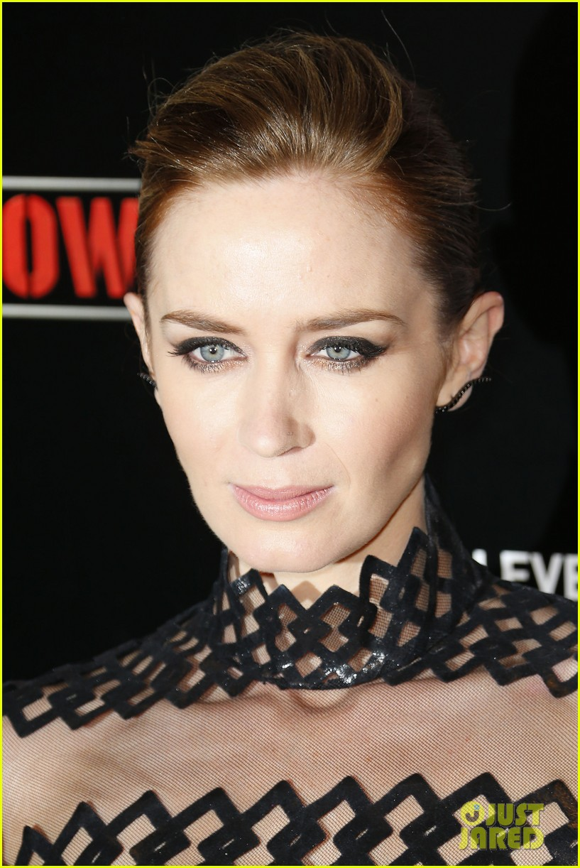 tom cruise emily blunt premiere edge of tomorrow in second city of the day 153123343