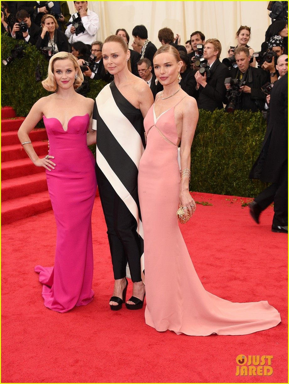 kate bosworth meets up with stella mccartneys other attendees at met ball 2014 03