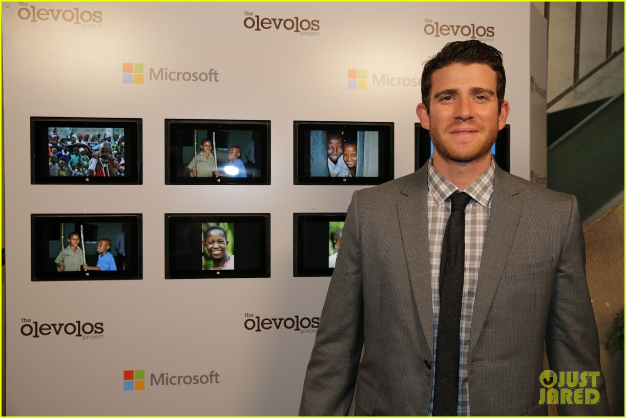 jamie chung supports fiance bryan greenberg olevolos project brunch 08
