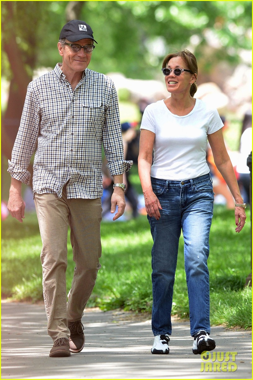 bryan cranston memorial day central park wife 01
