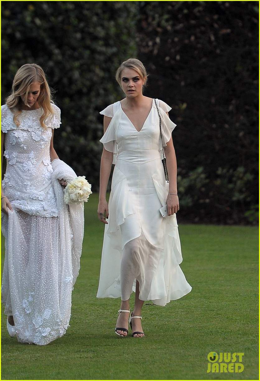 cara delevingne makes a beautiful bridesmaid at sister