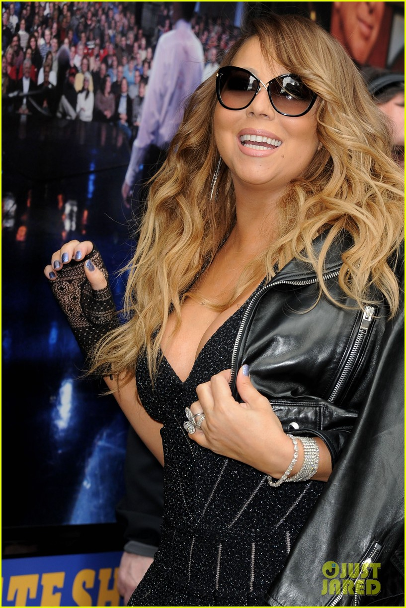 mariah carey rocks form fitting dress for letterman visit 02
