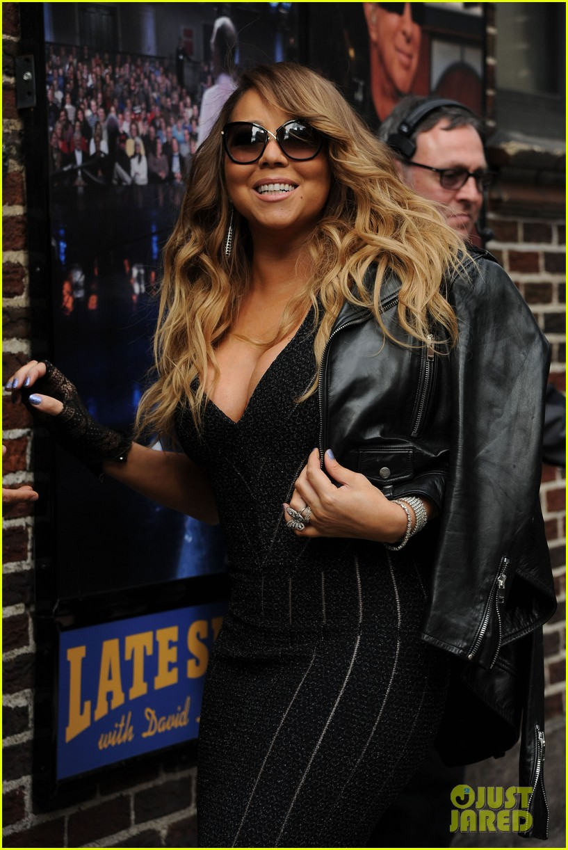 mariah carey rocks form fitting dress for letterman visit 09