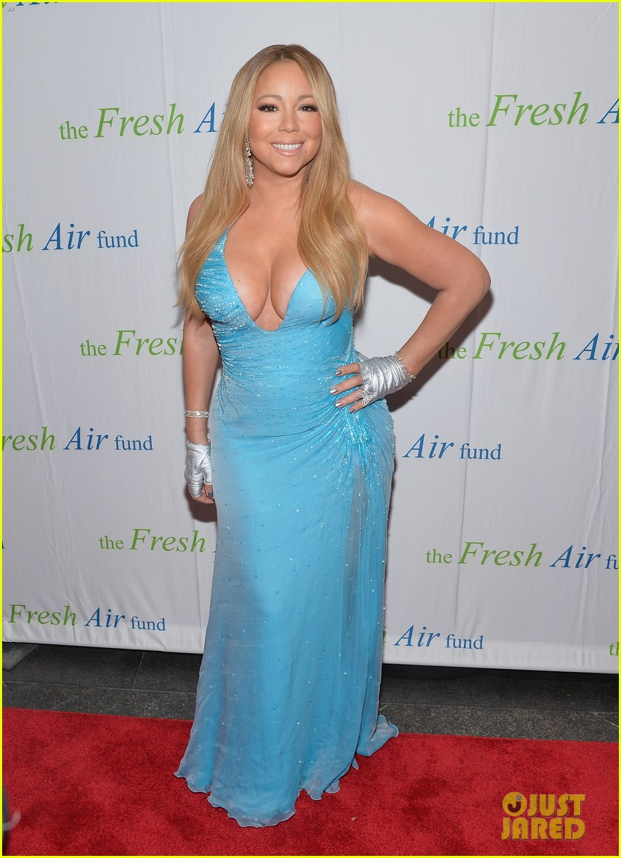 mariah carey flaunts major cleavage fresh air fund gala 02