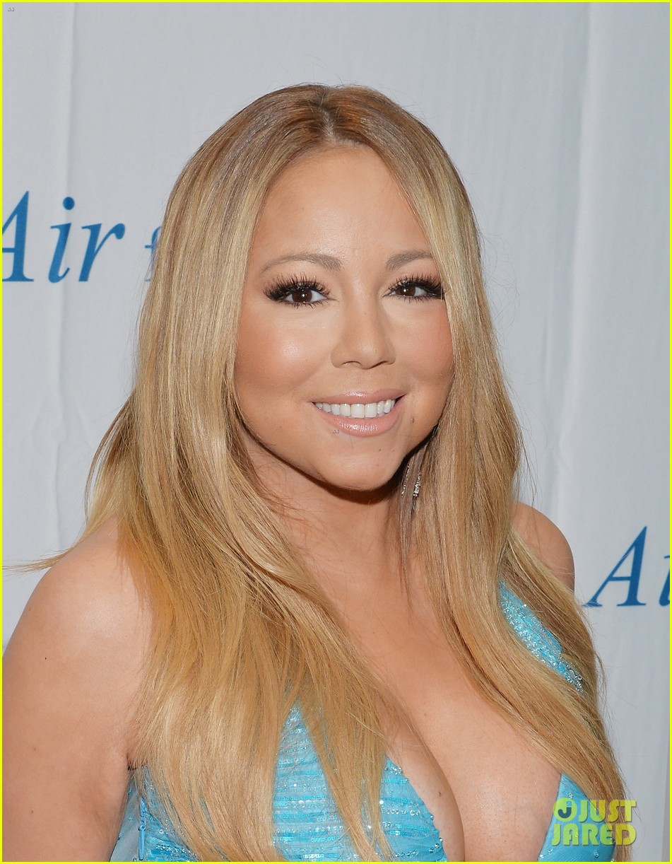 mariah carey flaunts major cleavage fresh air fund gala 06