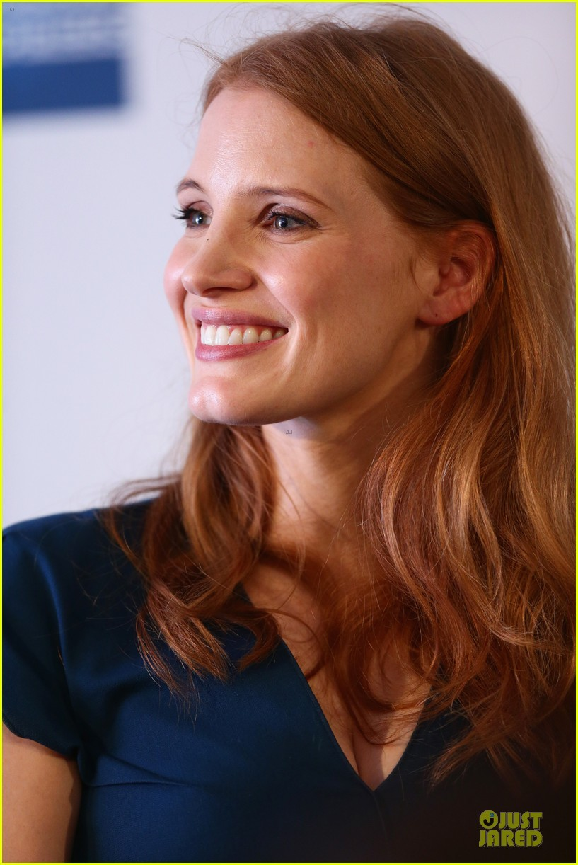 jessica chastain inspiring to students at cannes 04