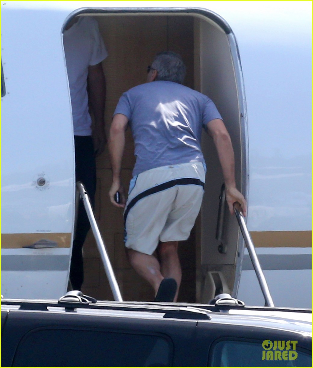 george clooney fiancee amal alamuddin catch a private flight 05