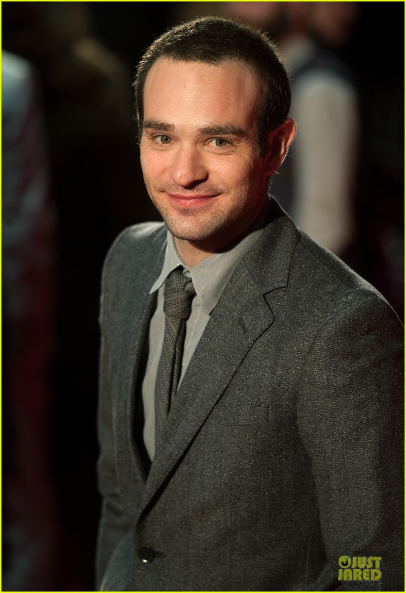 charlie cox is netflix daredevil 05