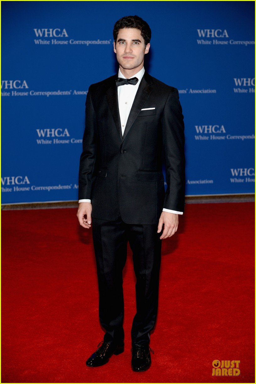 darren criss jeremy irvine white house correspondents dinner 2014 013104687
