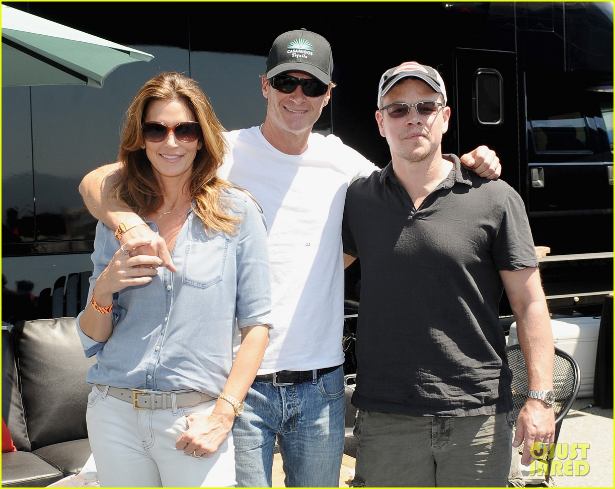matt damon wife luciana mingle horsemen flight team 073105165