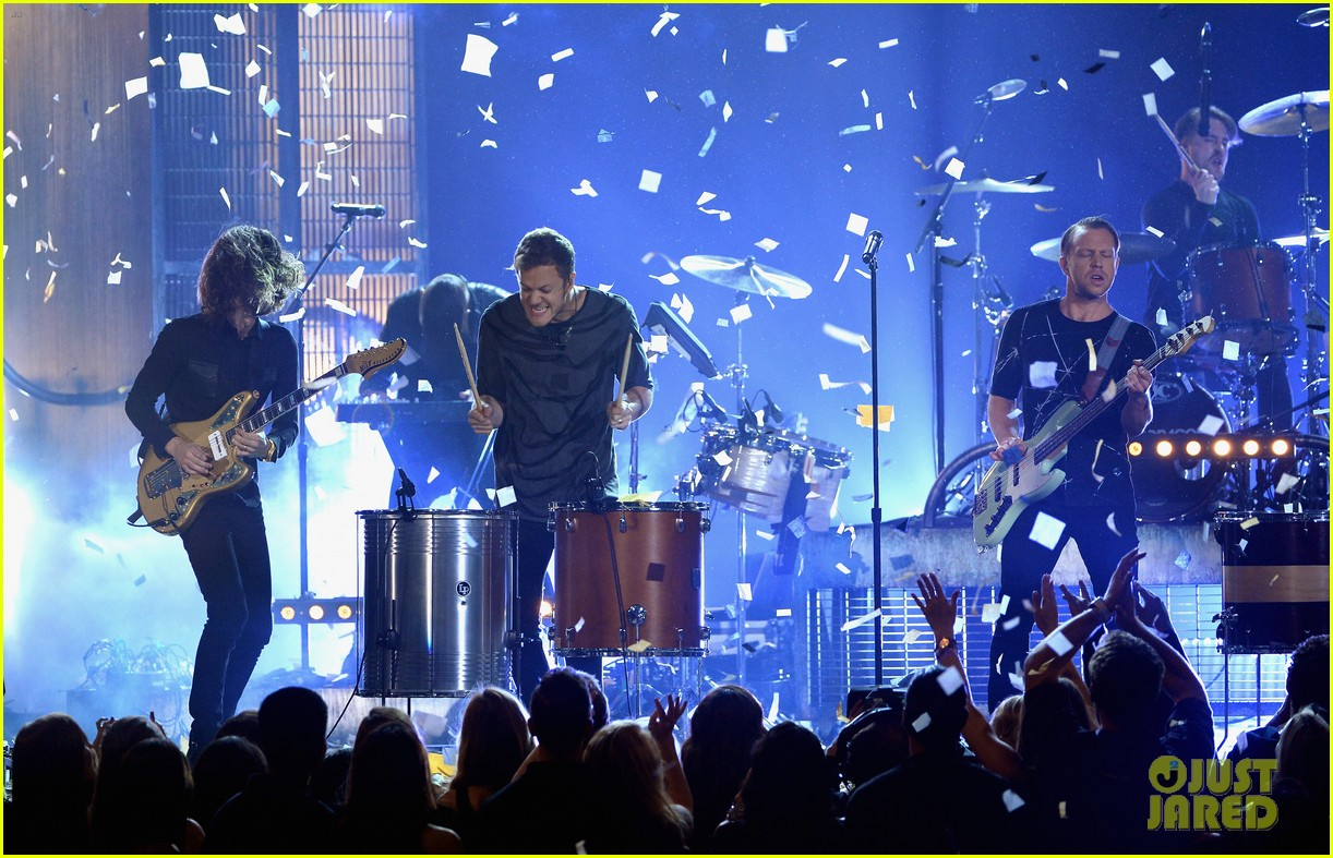 imagine dragons performs tiptoe at billboard music awards 2014 09