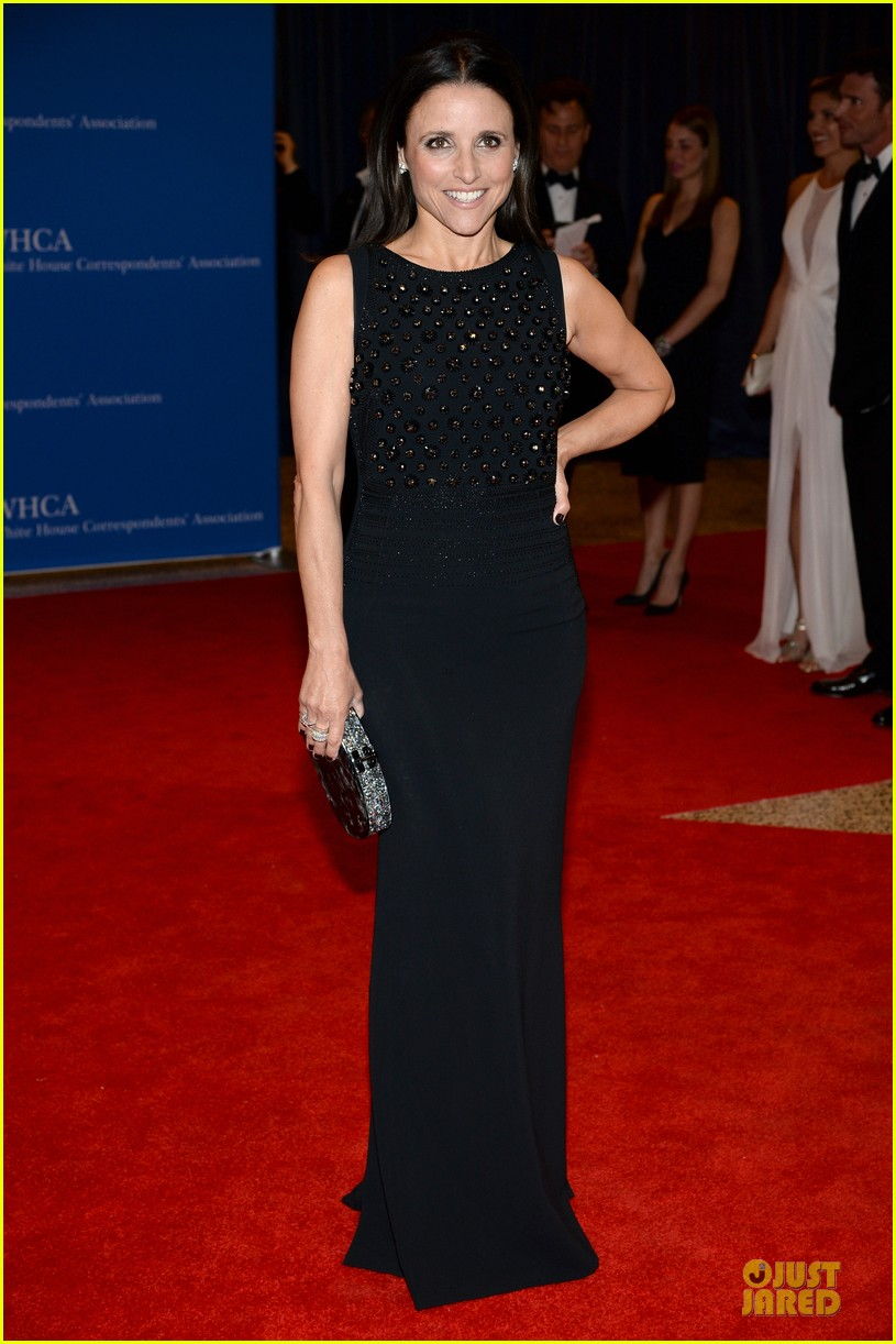 julia louis dreyfus white correspondents dinner moment 023104660