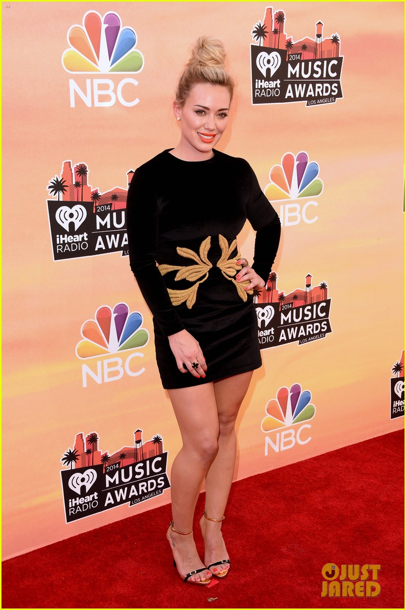 hilary duff iheartradio music awards 2014 01