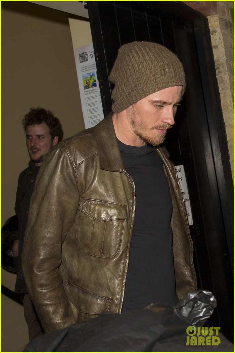 kirsten dunst garrett hedlund have date night at chiltern firehouse 053113932