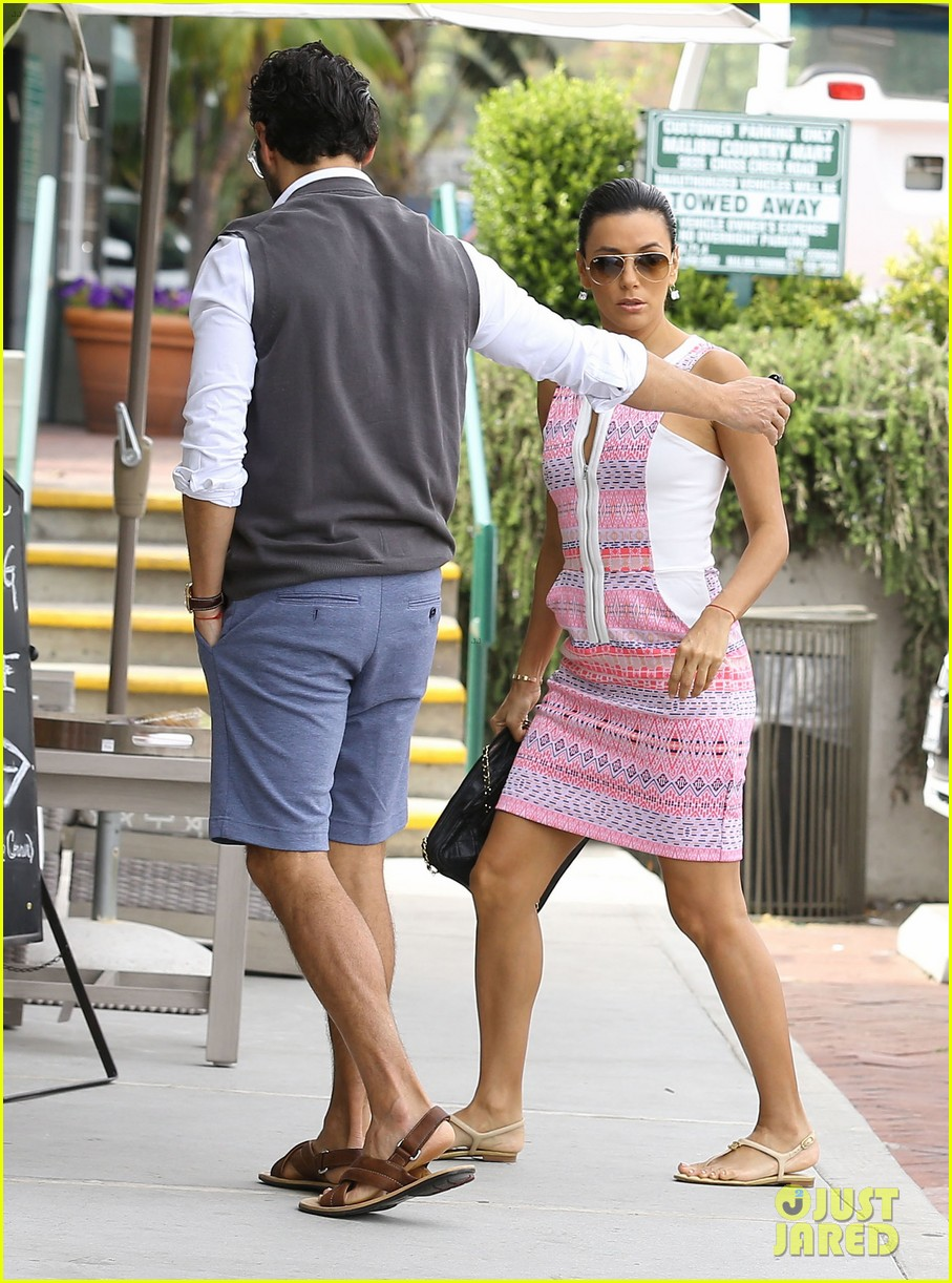 eva longoria cozy shopping boyfriend jose antontio baston 083122020