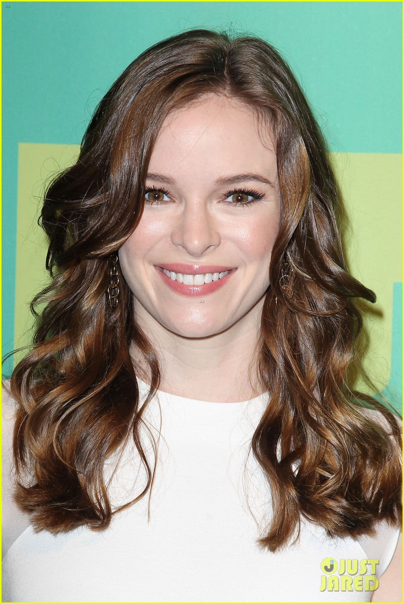 grant gustin danielle panabaker the flash upfronts 073114047