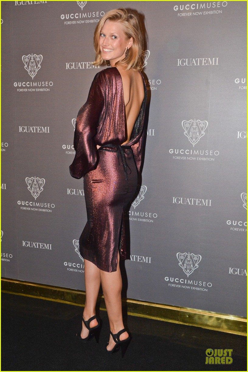 toni garrn sexy back at gucci museo exhibit 113123629