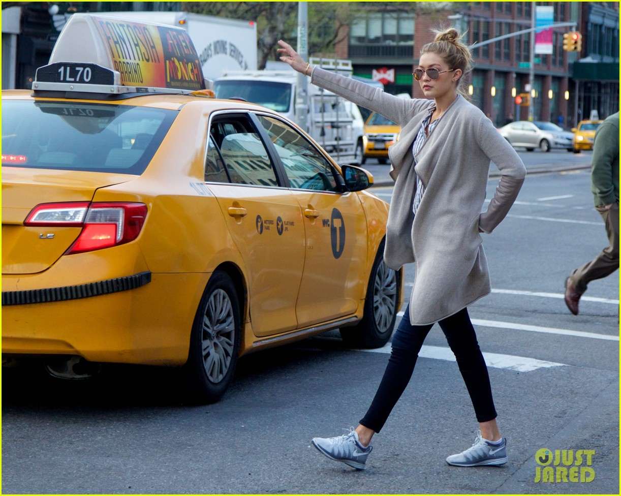 gigi hadid hail taxi late lunch 12