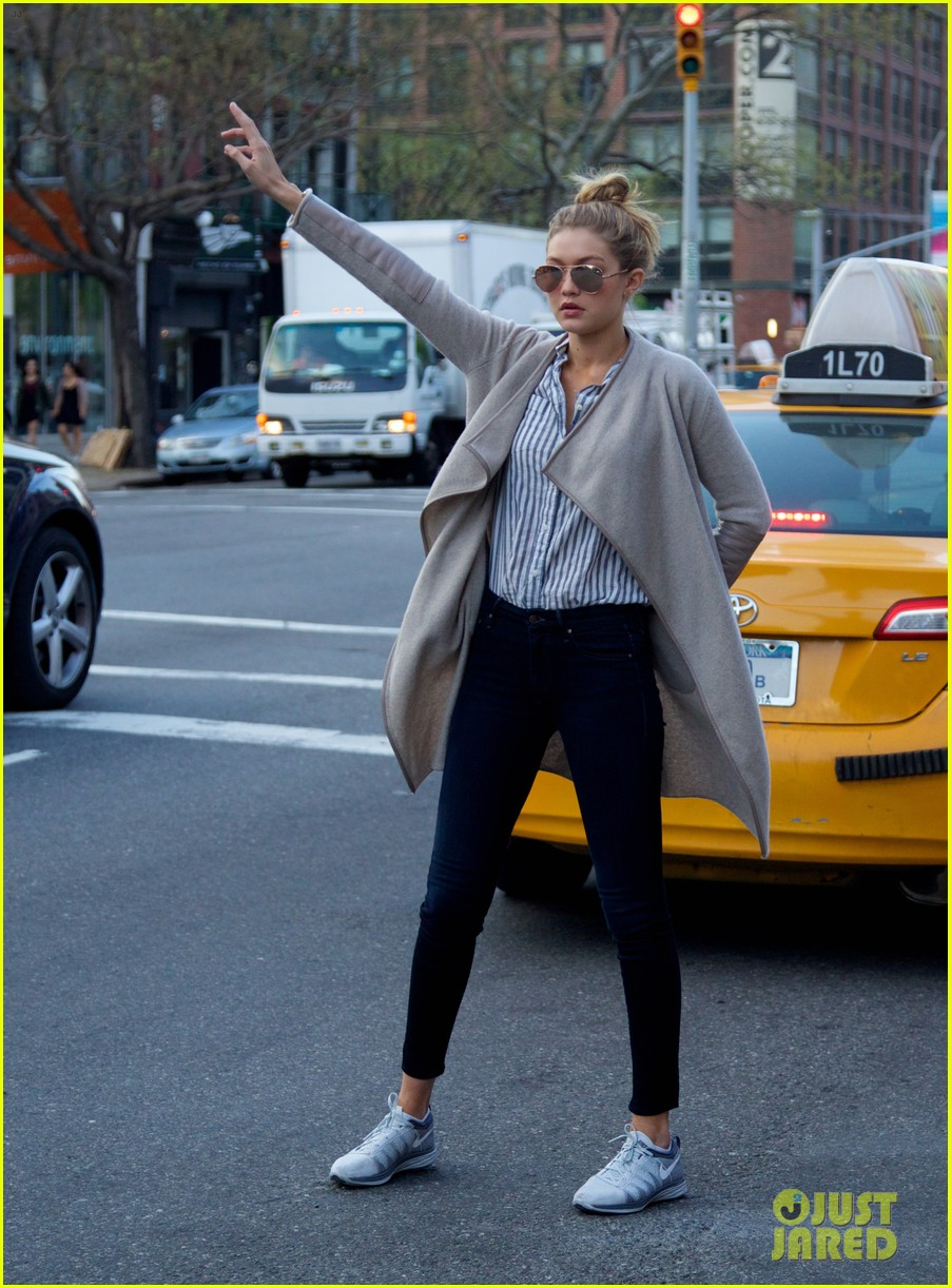 gigi hadid hail taxi late lunch 15