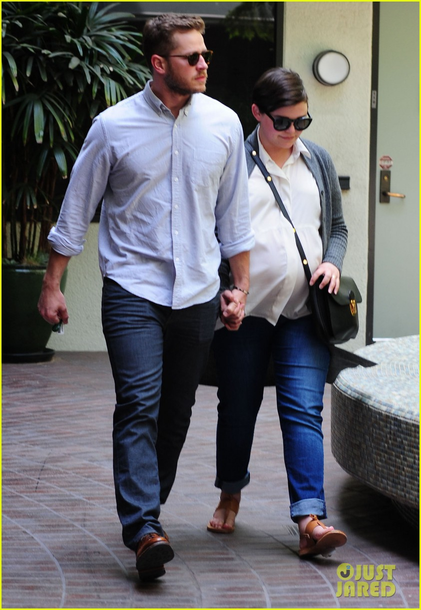 ginnifer goodwin looks like she could give birth any day now 04