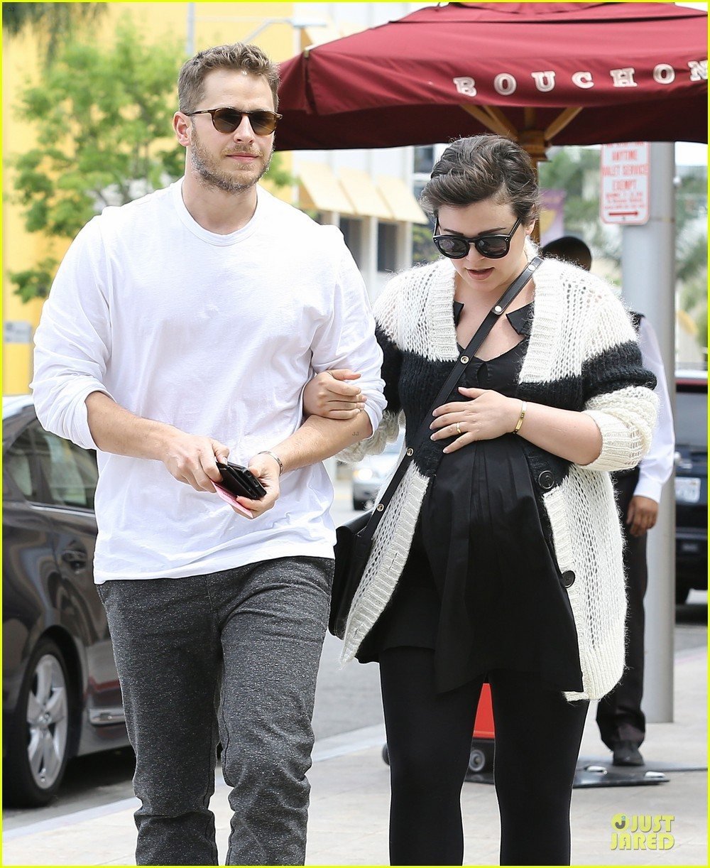 ginnifer goodwin josh dallas grab lunch before season finale 04