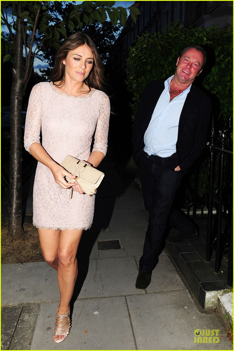 hugh grant elizabeth hurley meet up 173111914