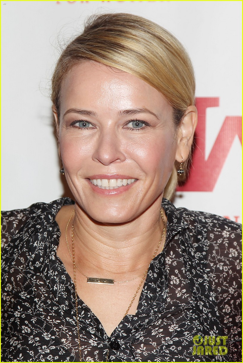 chelsea handler other funny ladies attend the gloria awards 02