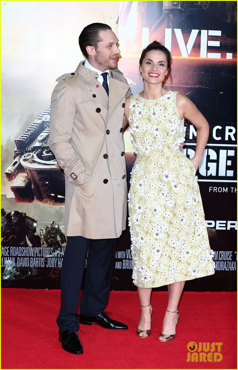 tom hardy supports girlfriend charlotte riley at edge of tomorrow london premiere 033123184