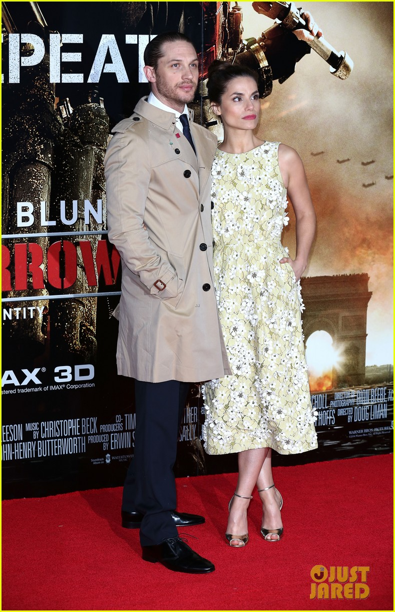 tom hardy supports girlfriend charlotte riley at edge of tomorrow london premiere 12