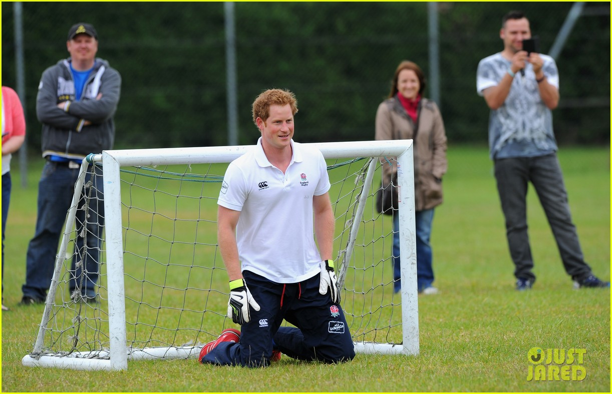 prince harry plays rugby schoolkids flashes his abs in the process 213123874
