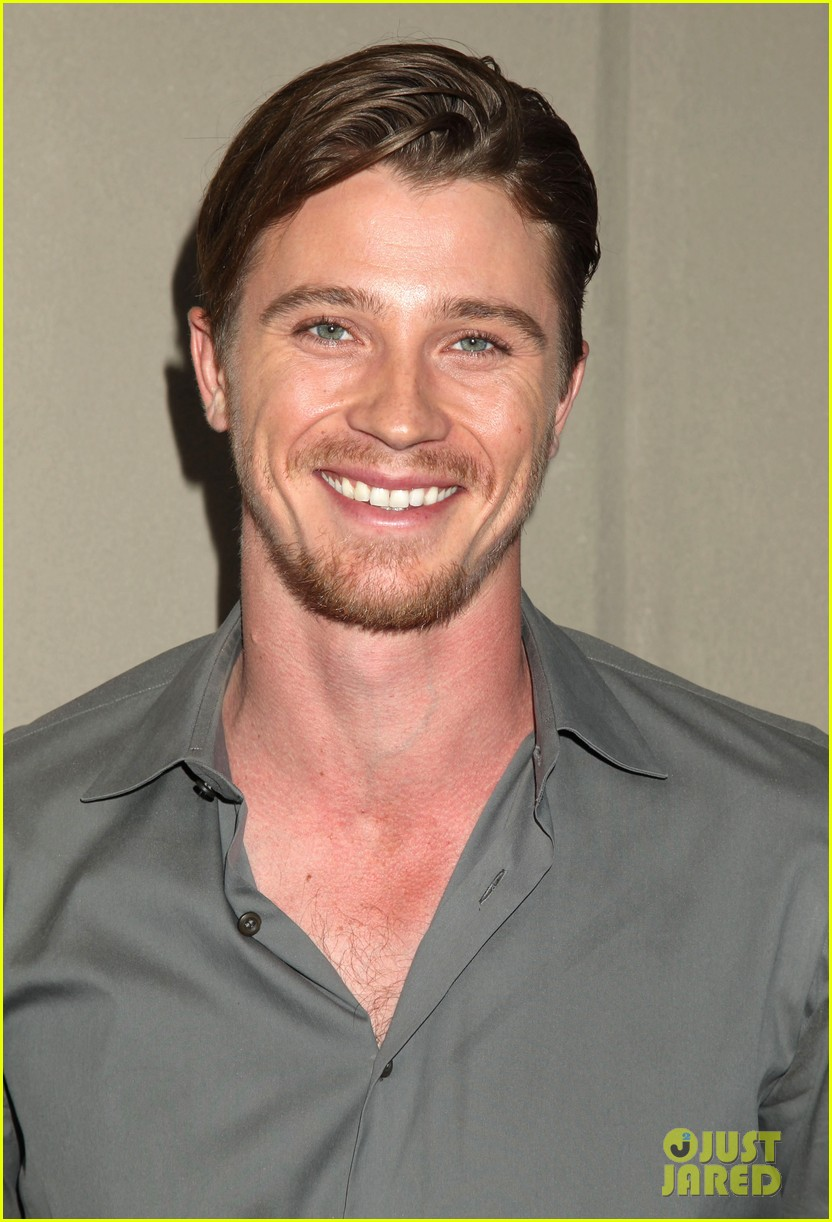 garrett hedlunds winning smile will probably cure your hump day blues 06