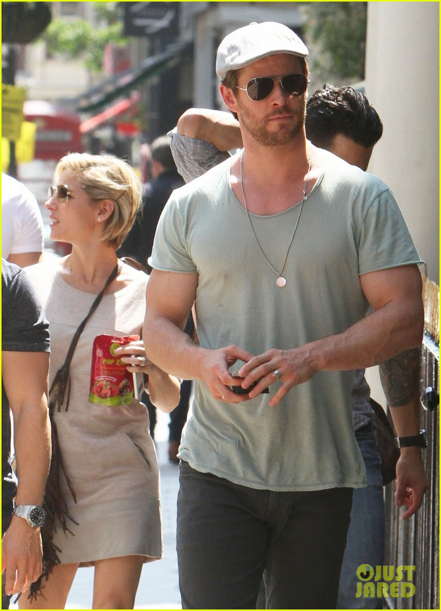chris hemsworth pal is giving his muscles some competition 133117635